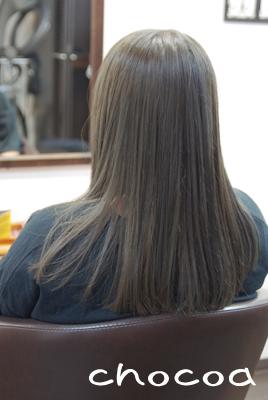 時間と料金もかかります。そして髪の負担もあります。それでも、このような髪色にしたい!