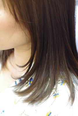 この髪色よ~っく見ると【束感】【立体感】を感じませんか??